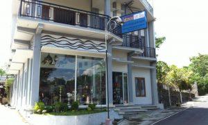 galeri tembaga dan kuningan Laksmana Art Shop Tumang